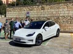 Sennori Tesla Model 3