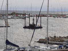 Piattaforma carotaggio nel porto Stintino